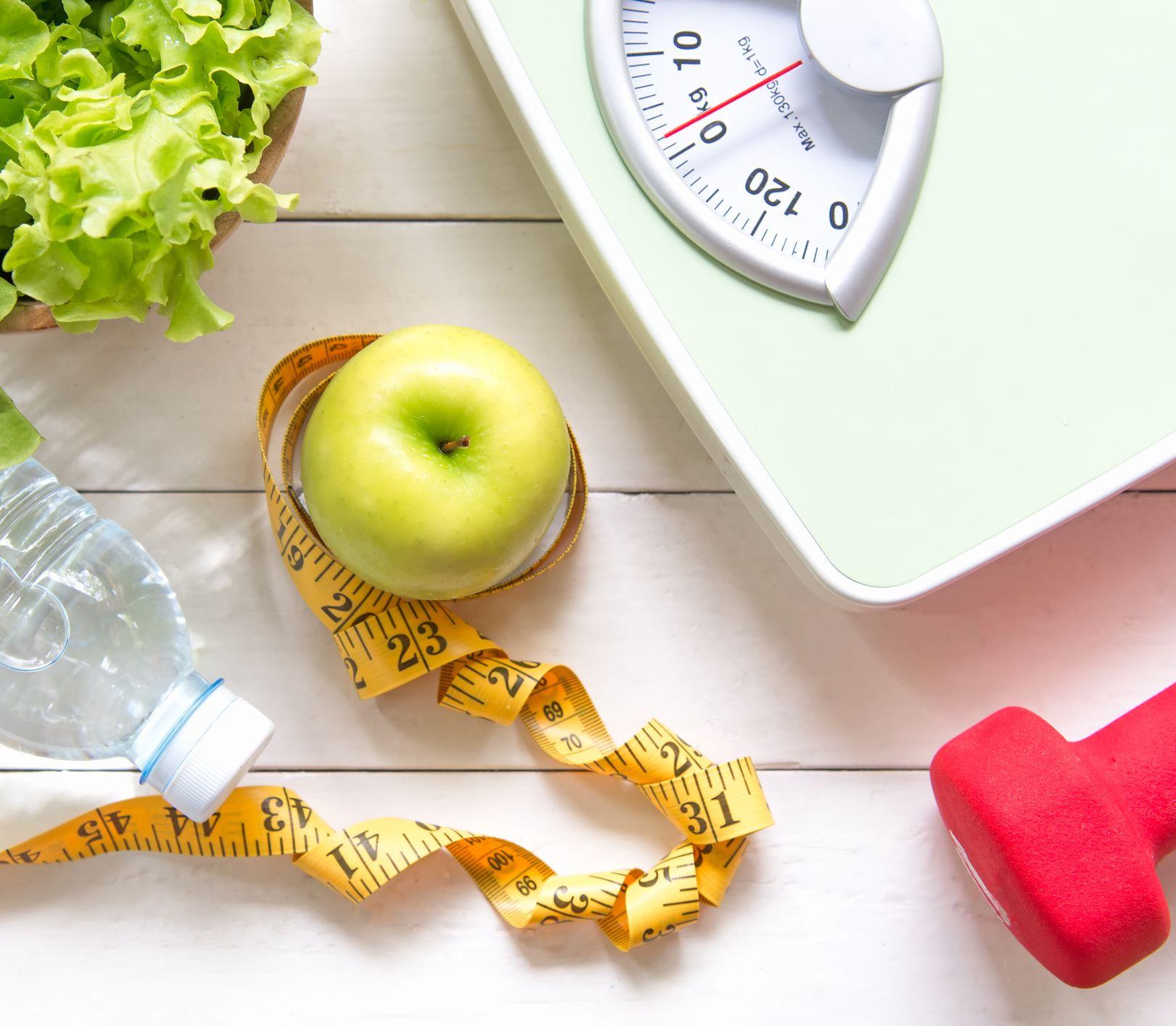 Odpovedá výživová poradkyňa: Nedarí sa mi chudnúť, vyhýbam sa preto ľuďom