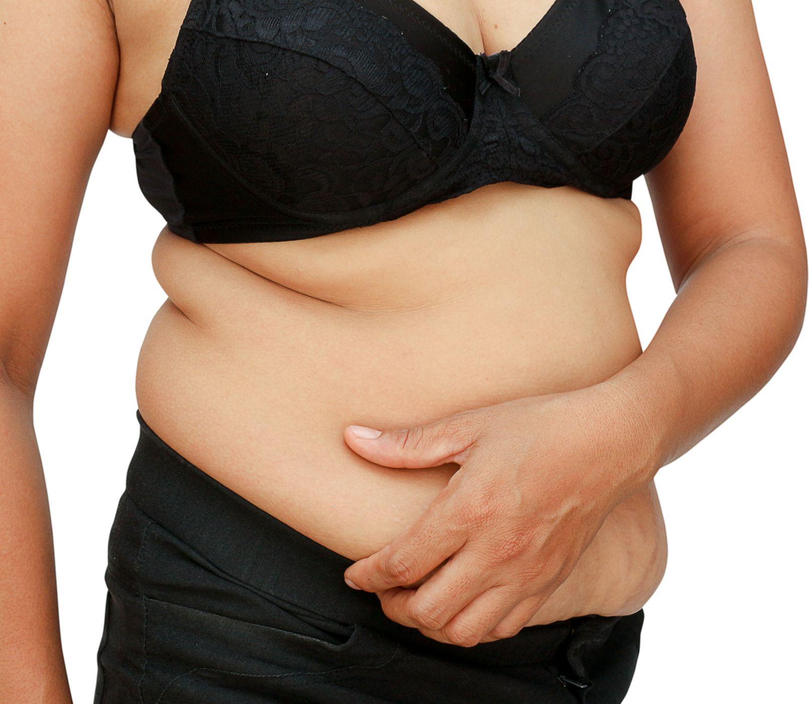 Štíhlejší pás po menopauze? Nedajte sa ohroziť nebezpečným brušným tukom