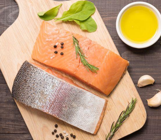 Rybí olej pre mozog, srdce aj postavu: Na čo všetko pôsobí a ako ho konzumovať?
