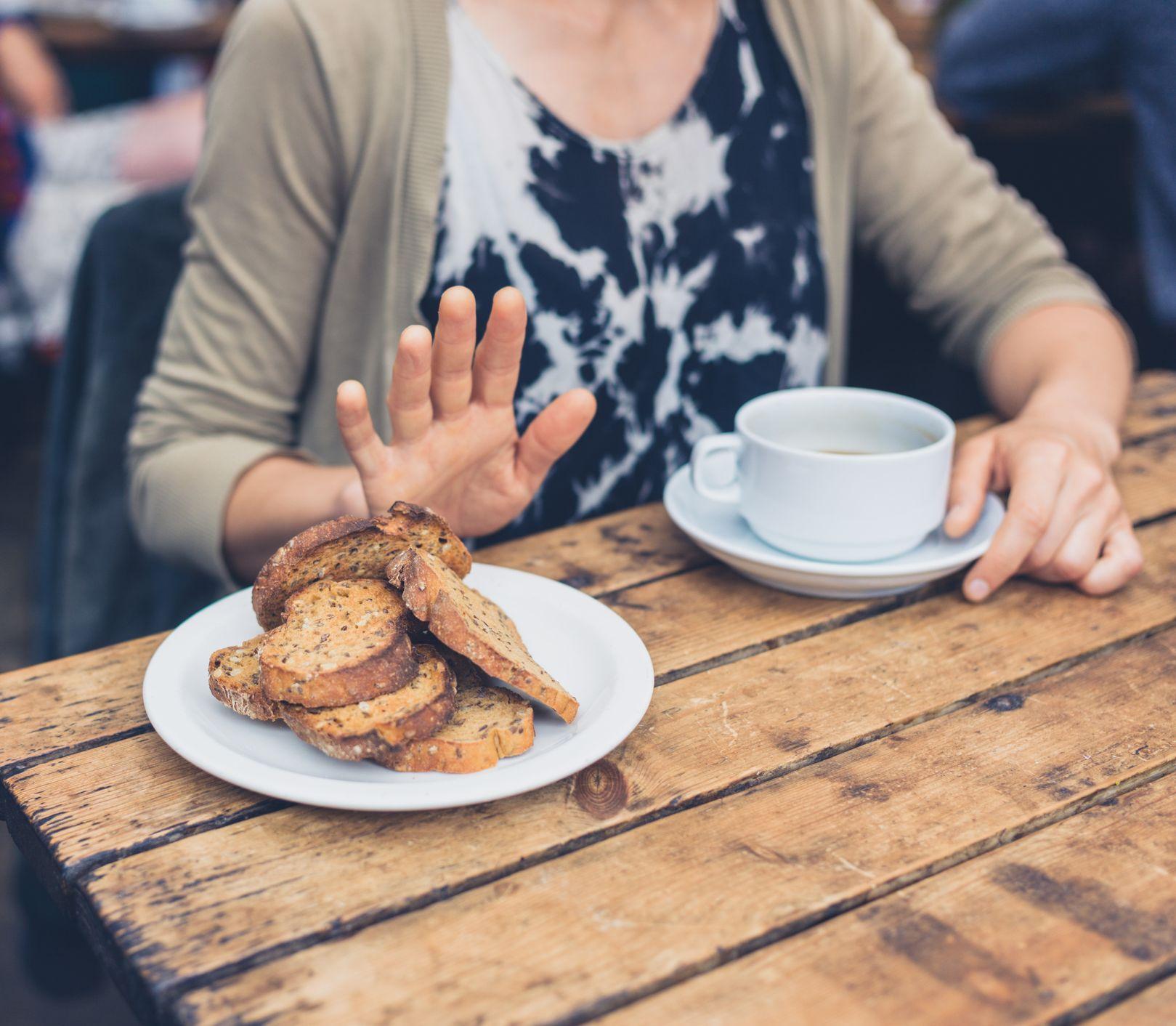 Trápia vás neustále tráviace ťažkosti? Pomôže diéta s nízkym obsahom sacharidov