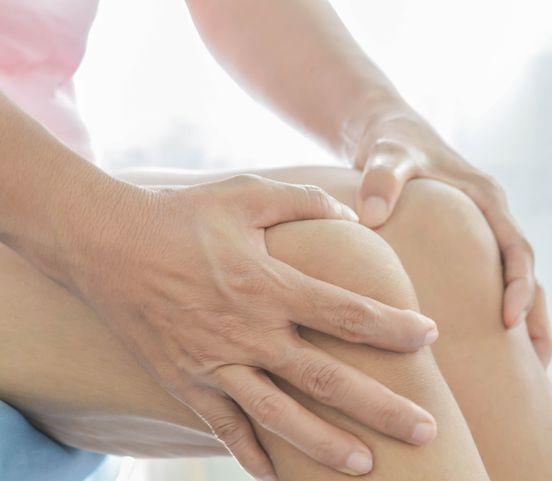 Problémy s kolenami zmiernite aj cvičením: Pomôžu aj tieto cviky