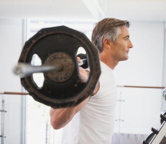 Udržte vaše telo silné a zdravé aj po päťdesiatke: Vyskúšajte silový tréning