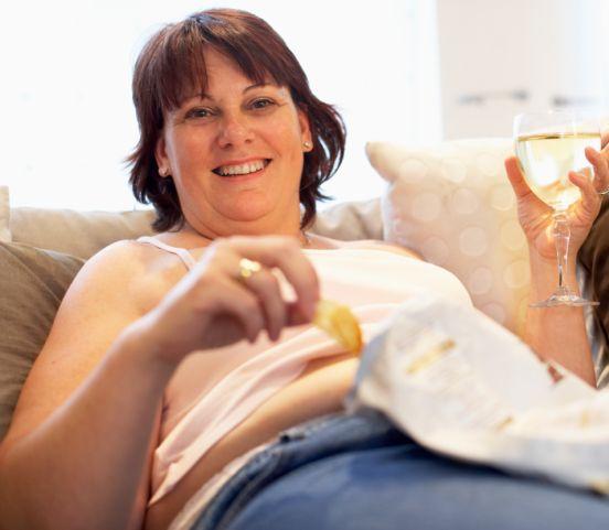 Nuda láka jesť nezdravé pochúťky a škodí štíhlej postave: Nedovoľte jej to!