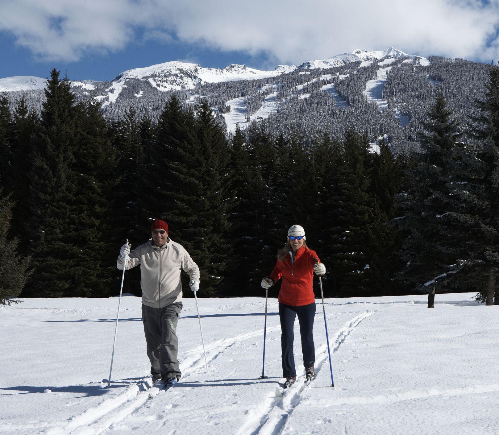 Zostaňte fit a vychutnajte si čaro prírody: Bežecké lyžovanie dostane aj vás!