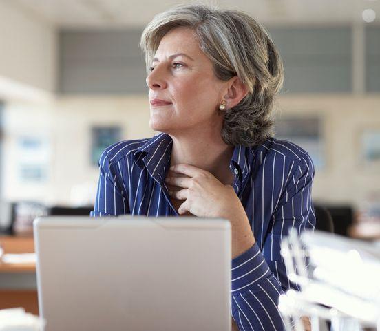 Naučte sa asertivite: Pomôžete tým sebe aj kolegom
