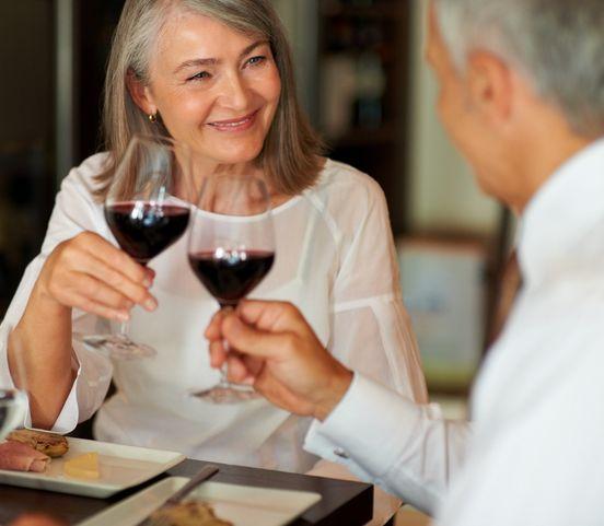 Na rande v päťdesiatke: Čo robiť a čomu sa radšej vyhnúť?
