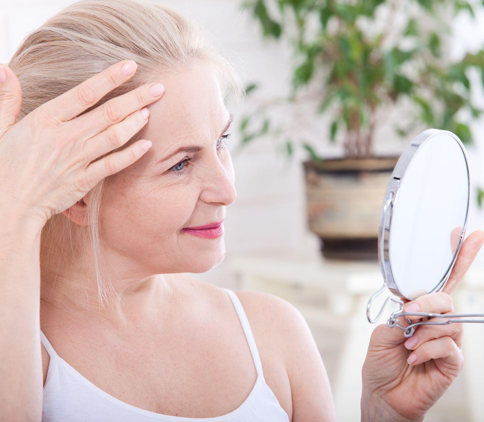 Kyselina hyalurónová od A po Z: Spomaľuje starnutie a odstraňuje voľné radikály
