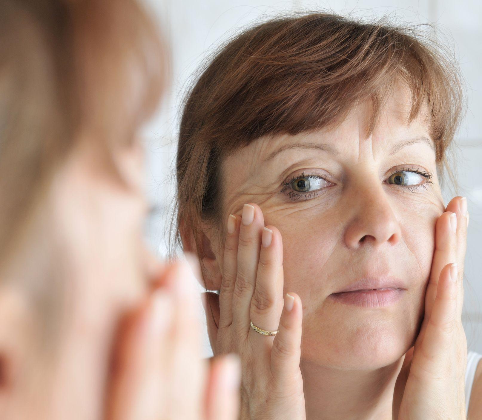 Ako zmierniť tvorbu vrások? Pomôže masáž tváre, ide to aj doma a zadarmo