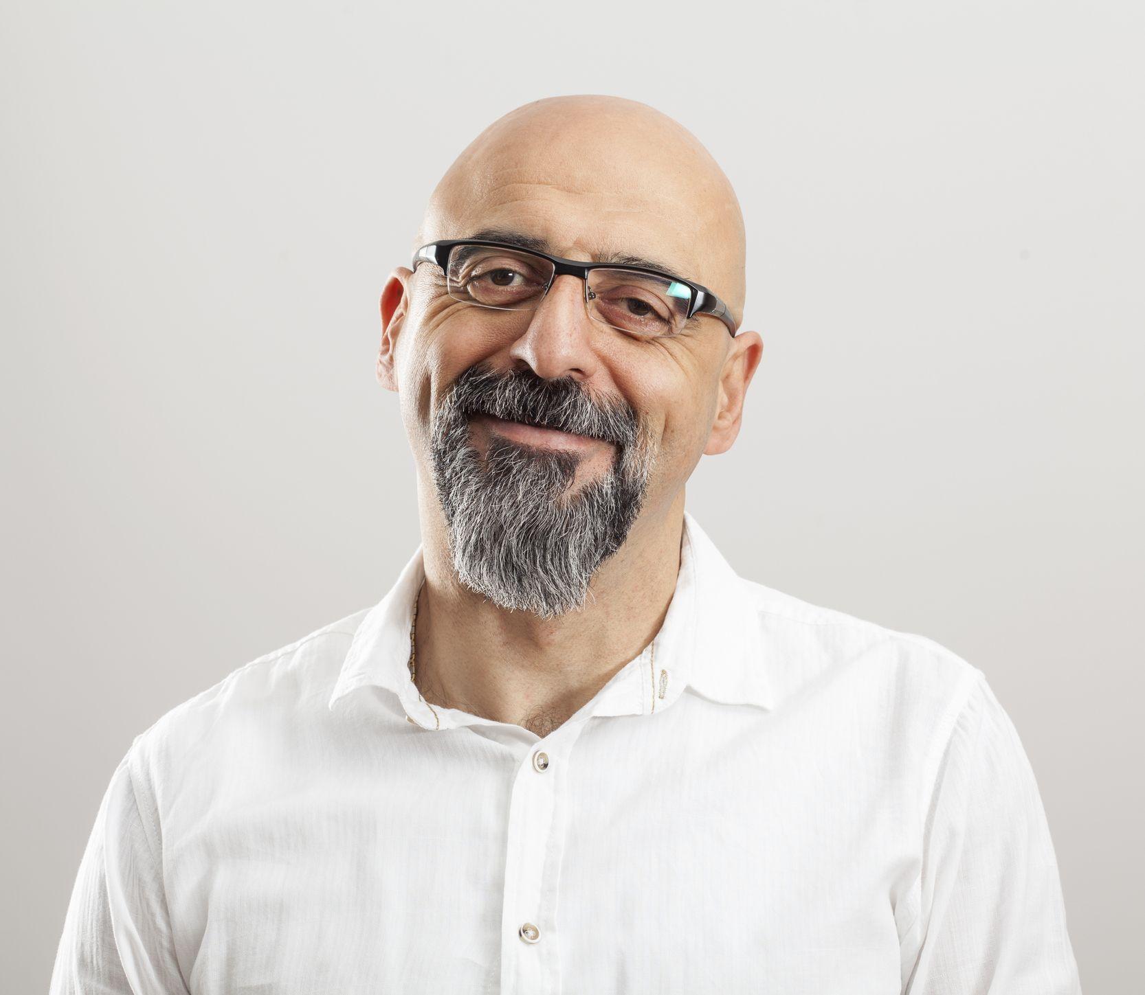 Prečo mužom vypadávajú vlasy? Na plešatosť stále neexistuje účinný liek