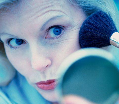 Týchto 5 chýb pri líčení vám môže pridávať roky: Vyhnite sa im!