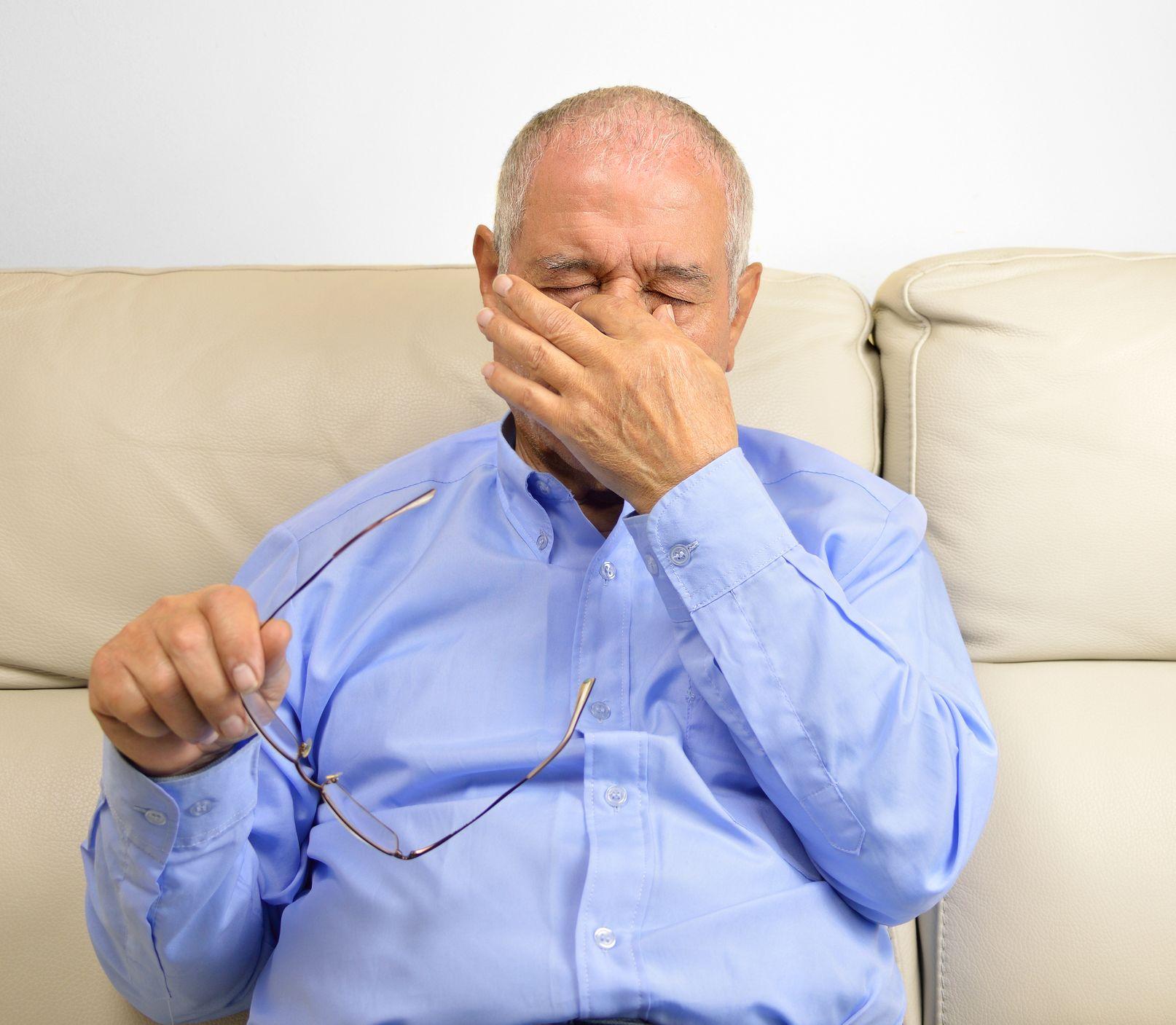 Za opuchnuté oči môže únava, stres, ale aj ochorenia: Ako si s nimi poradiť?
