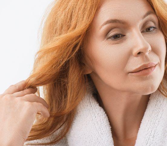 Vypadávanie vlasov - strašiak mnohých žien: Ako nad ním zvíťaziť?