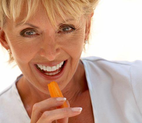 Túžite po krajšom úsmeve? Dajte si zelený čaj, jahody či mrkvu