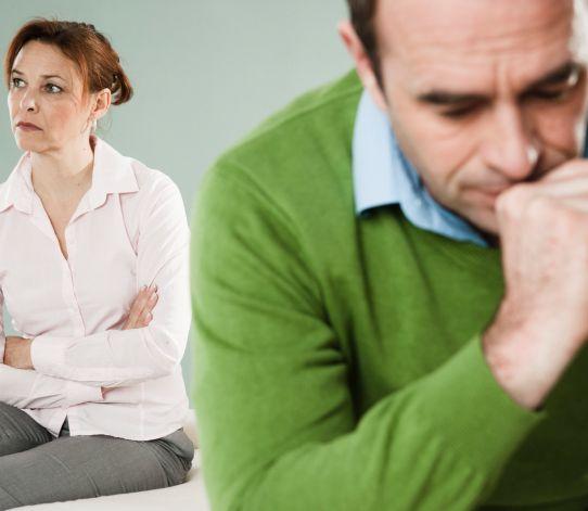 Dajte zbohom žiarlivosti: 10 rád pre majetnícke ženy