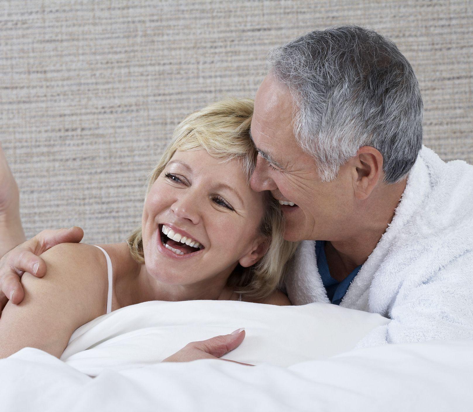 Sex po päťdesiatke môže byť váš najlepší v živote: Poradíme, ako na to!