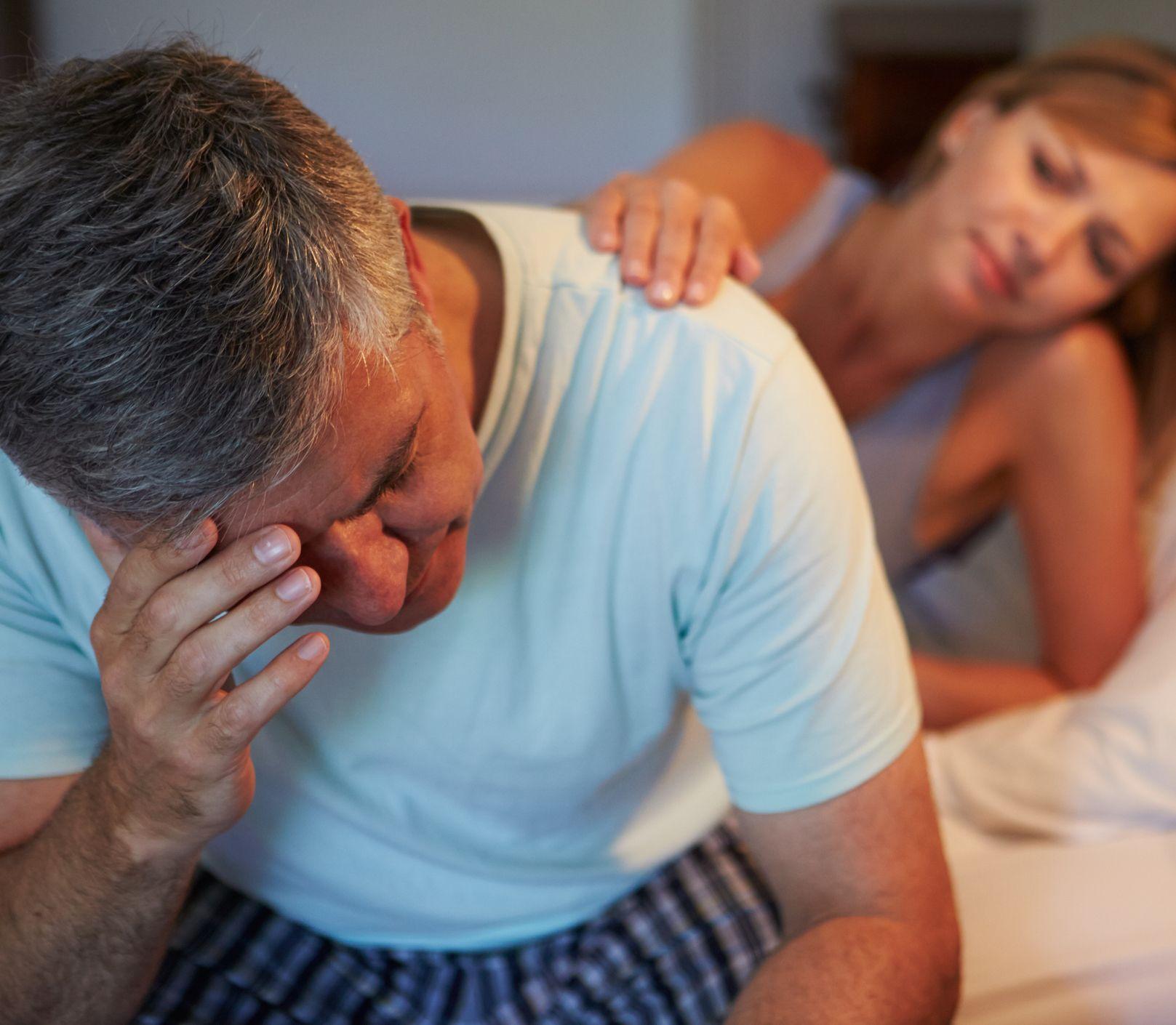 Erekcia vo vyššom veku nemusí byť problém: Čo zaberie aj bez modrých tabletiek?