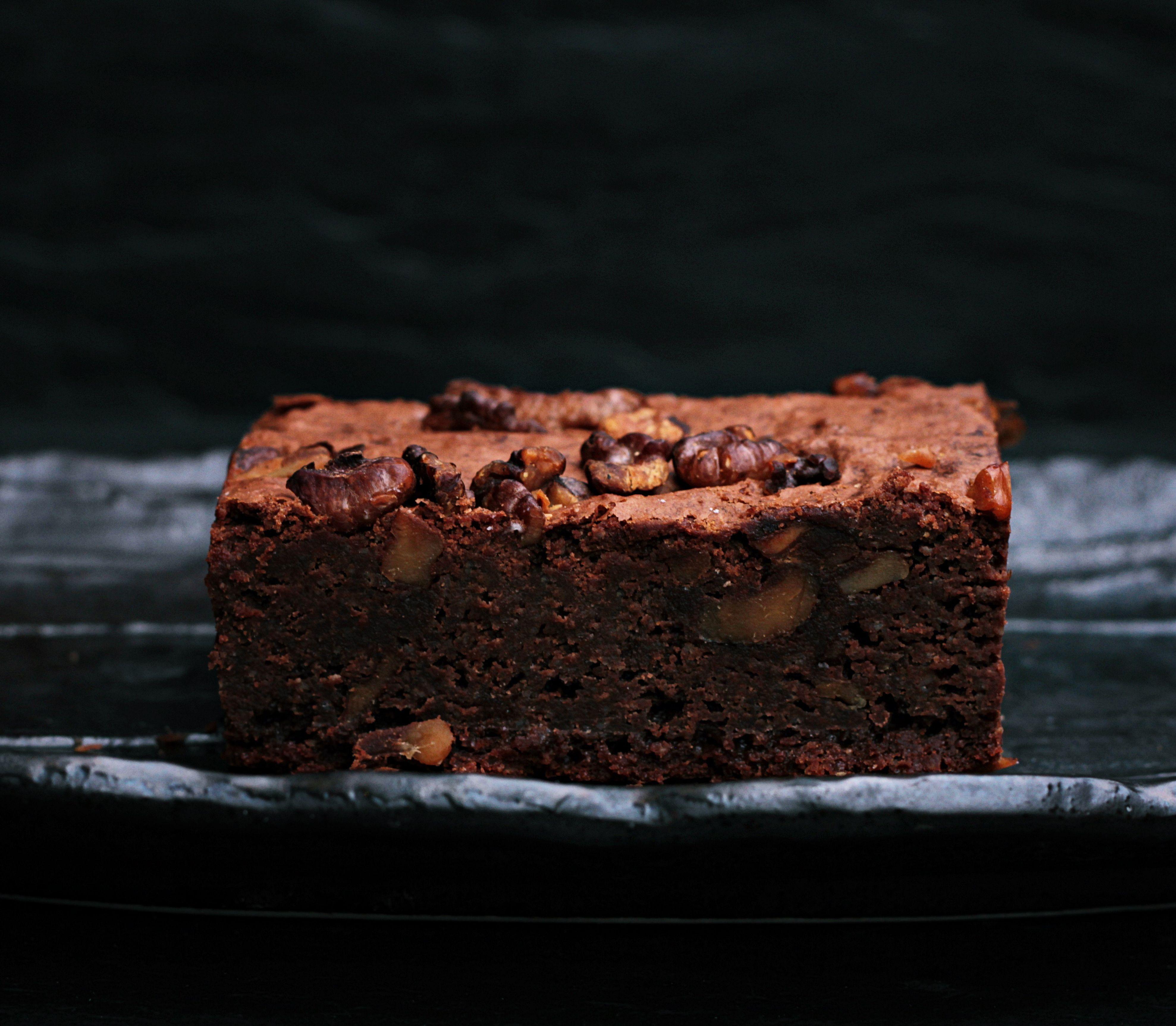 VIDEOTIP 5 ingrediencií a takmer žiadna práca: Vyskúšajte toto čokoládové brownie