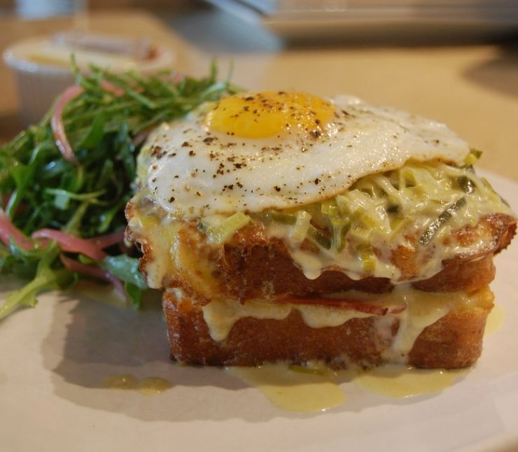 VIDEOTIP Francúzsky sendvič, ktorý postaví na nohy: Nezdravý, no lákavý