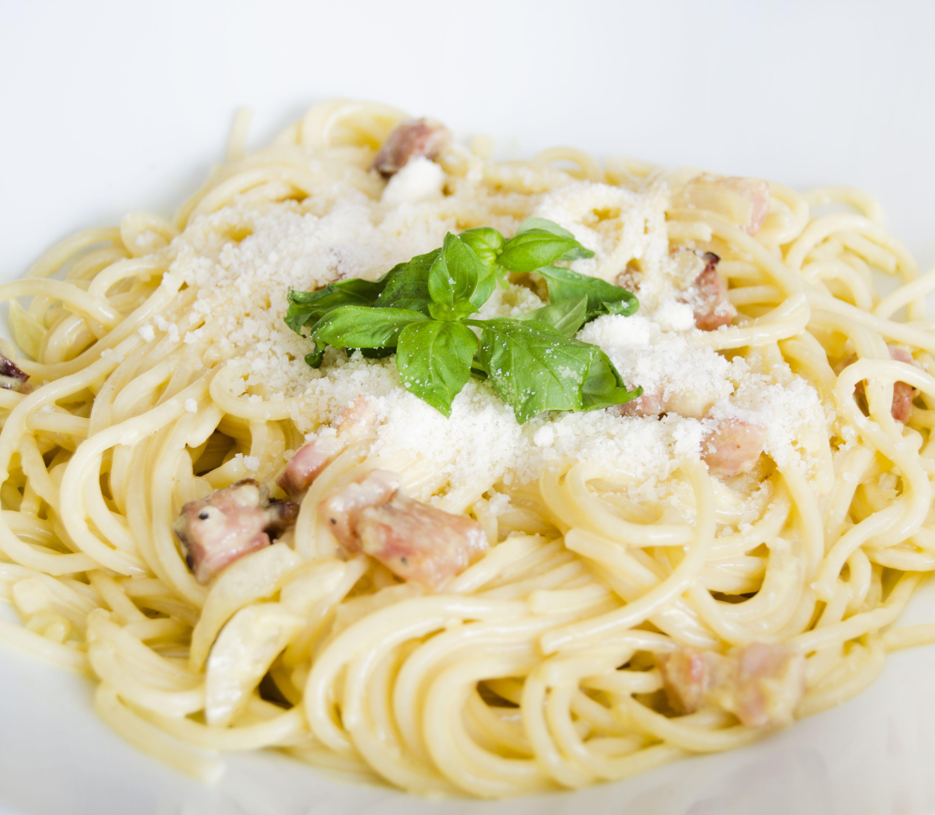 FOTORECEPT Špagety Carbonara po slovensky: Chutné, rýchle a jednoduché!