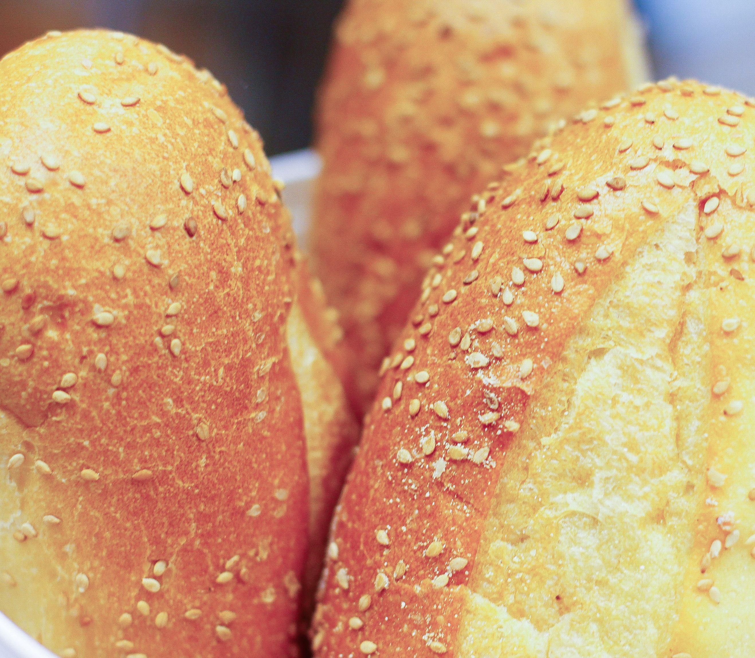 VIDEOTIP Vymeňte kupované pečivo za niečo nové: Upečte si žemličkové slniečko