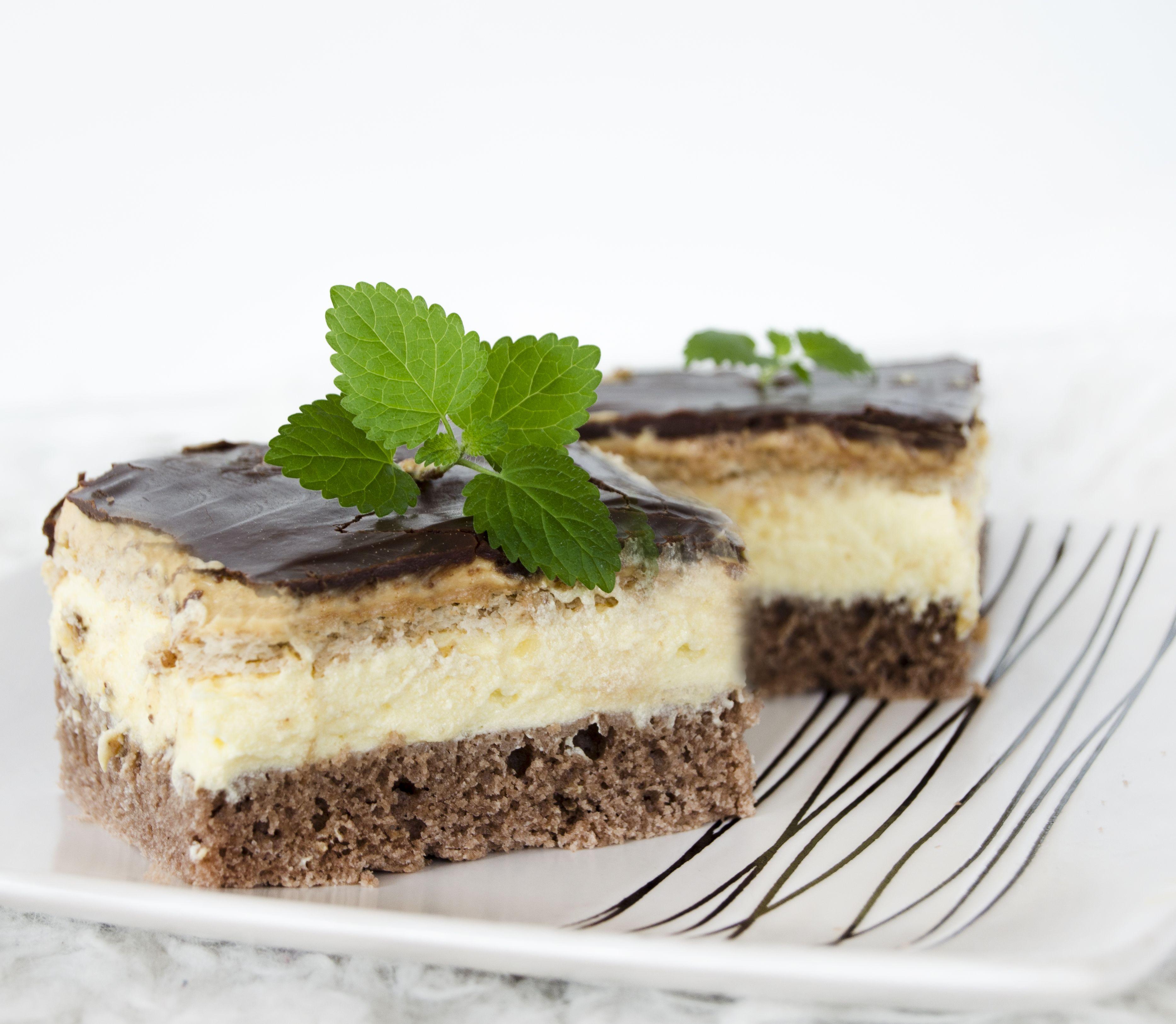 FOTORECEPT Trojitý koláč ohúri celú rodinu: Sladká pochúťka nie je vôbec zložitá