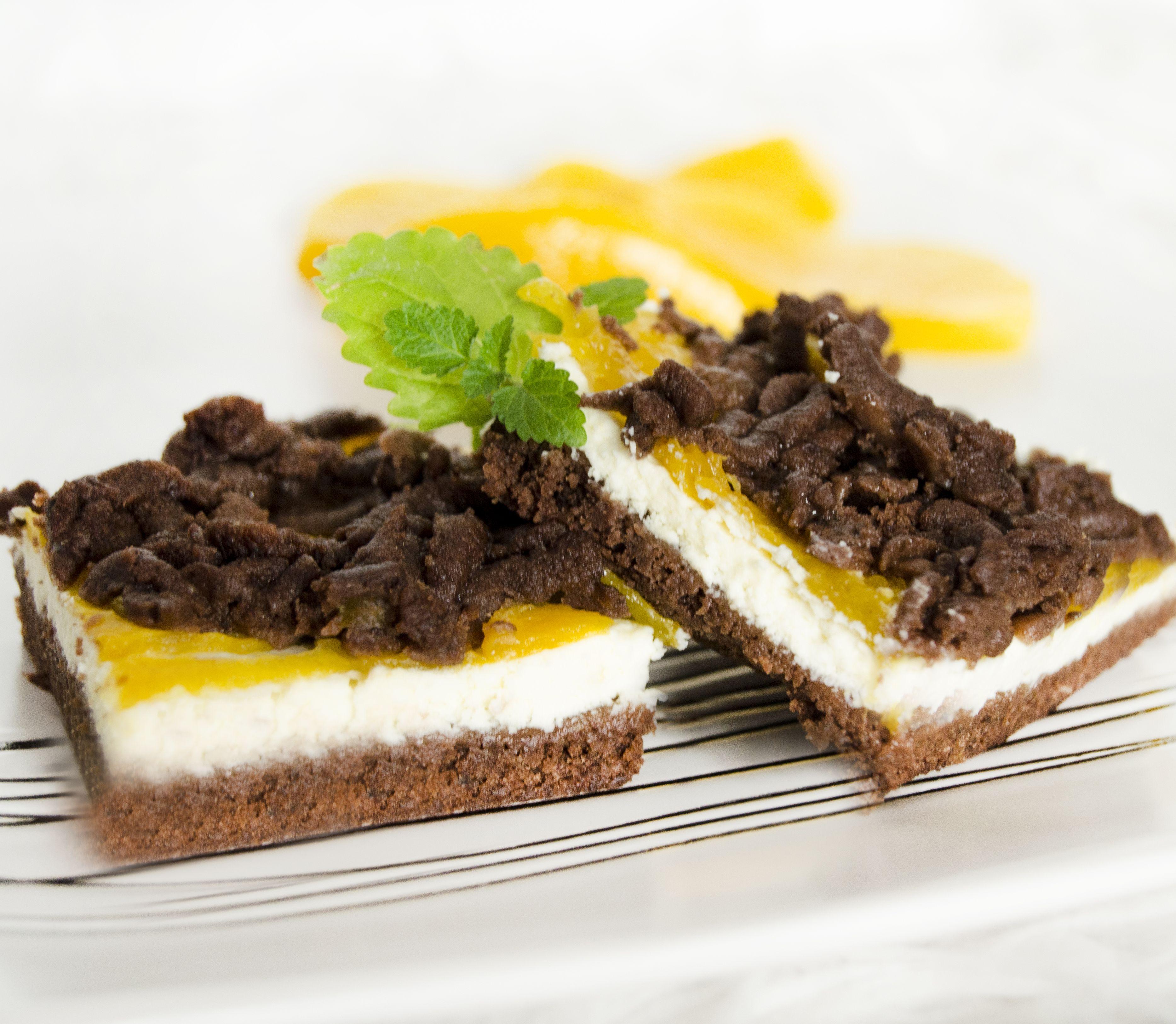 FOTORECEPT Tvarohovo-broskyňový koláč: Pre hostí je ako stvorený