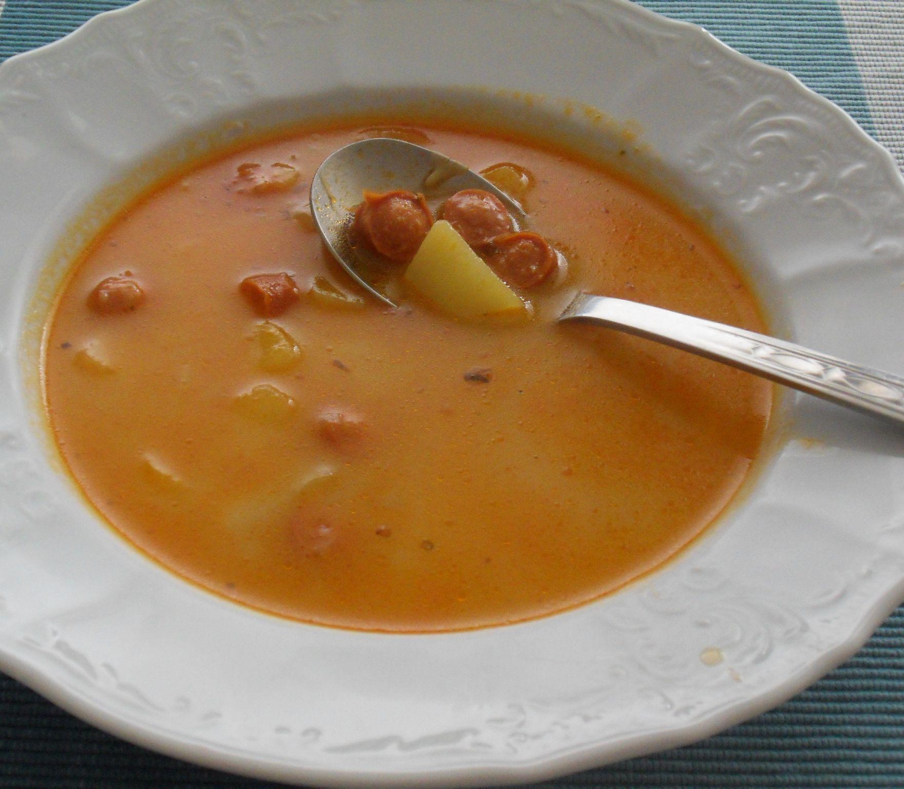 FOTORECEPT Rýchla polievka pre celú rodinu: Frankfurtská, ako ju možno nepoznáte