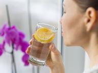 Chyba, ktorou sa mnohí pripravujú o účinky citrónovej vody: Takto zvýšite jej účinnosť!