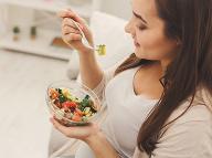 Jeden z najznámejších diétnych trikov, ktorí mnohí zatracujú: Jedenie do piatej hodiny večer vraj funguje!
