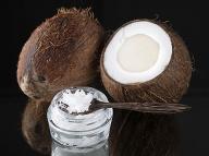 Svojmu manželovi dávala lyžicu kokosového oleja dvakrát denne: Nemohla uveriť tomu, čo sa stalo!
