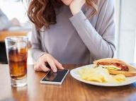 Najhoršia stravovacia chyba, akú môžete urobiť: Po tomto hriechu sa tukové bunky zbláznia!