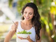 Tajomstvo horúčav bez potenia: Dá sa to vďaka týmto potravinám!