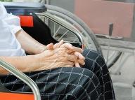 Trik babky, ktorá sa zbavila skoliózy: Zahodila invalidný vozík!