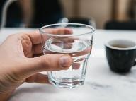 Pozor na nebezpečné látky vo vode: Toto pijeme?!