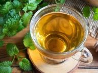Spája účinky mäty a rumančeka: Obľúbená bylinka upokojí aj žlčovú koliku!