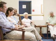 Pacienti, pozor: K lekárovi sa bude dať objednať na presný čas za poplatok!