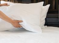 Aj posteľ môže byť pre chrbticu mučidlom: Pozor na bežné CHYBY, pomoc je úplne jednoduchá!